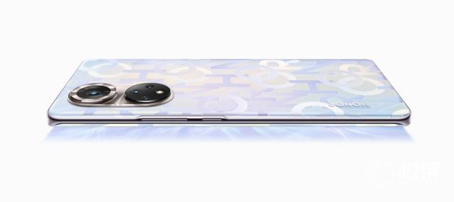 解密今年最潮手機設計!超硬核「時空棱鏡」探秘之旅已開啟……