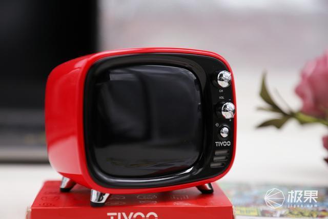 """大爱这台""""小电视"""",Divoom点音Tivoo像素蓝牙音箱开"""