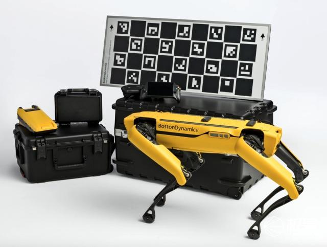 波士顿动力Spot机器狗开箱体验:极客最爱的硬核黑科技