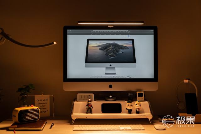 书房大变身!有格调的屏幕挂灯,加了它桌面秒变神仙颜值
