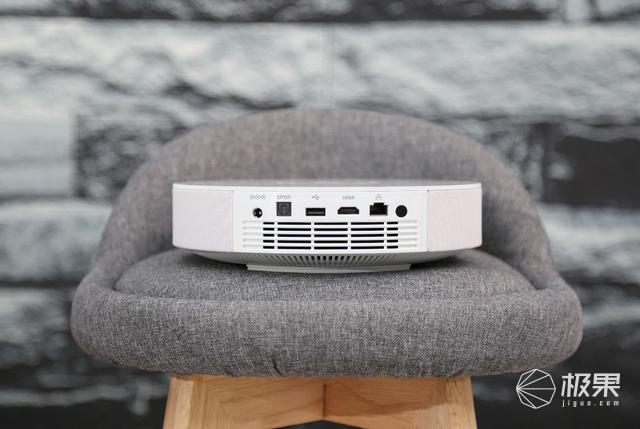家庭影音娱乐只要一台它就全部搞定:坚果G9投影仪评测