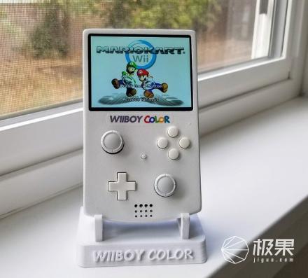 改装者以GameBoyColor的形式创建了便携式NintendoWii