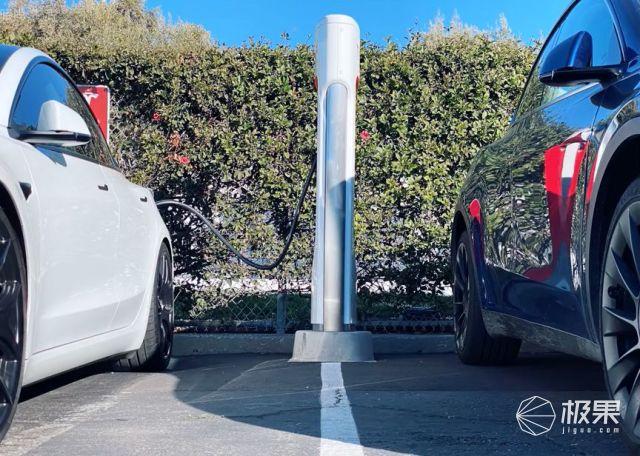 """大号Model3来了,特斯拉""""最便宜""""SUV开箱全揭秘!国产车顶得住吗?"""