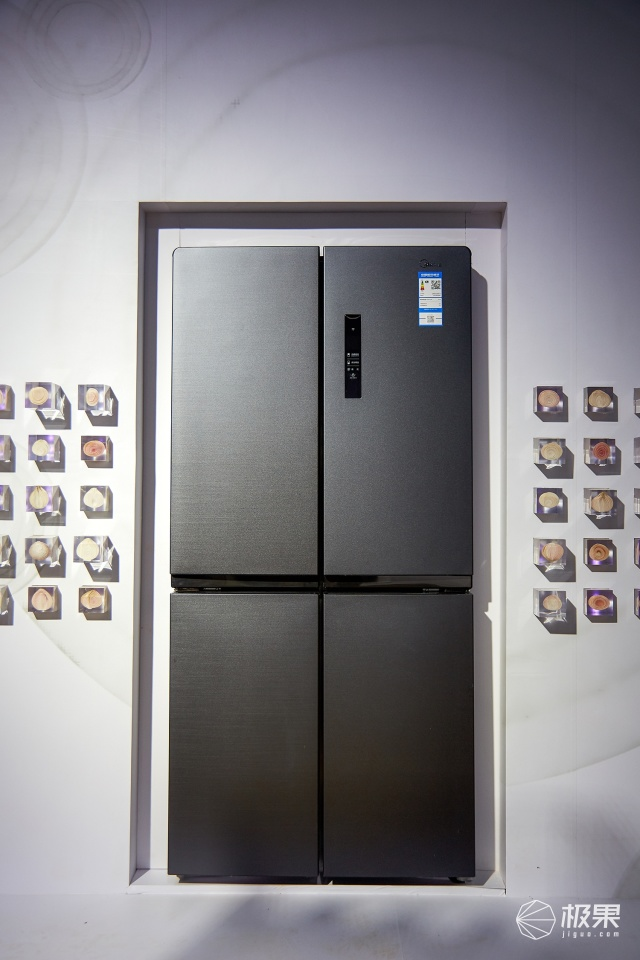 「新东西」金枪鱼也能保留原口感?美的发布三大系列黑科技冰箱!