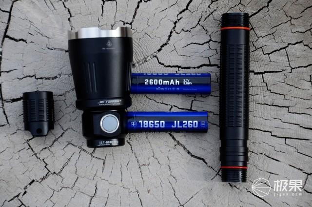 可必备的全能型户外照明大杀器!JETBEAMBC40Pro手电亲测
