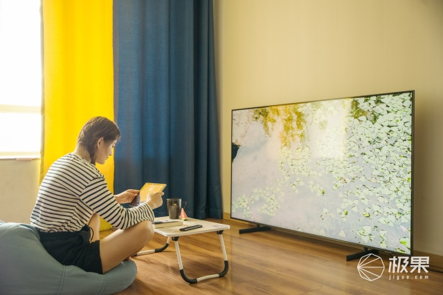 摄影师直接拿来修图的电视!4K分辨率细节分毫毕现,精准捕捉每一瞬间