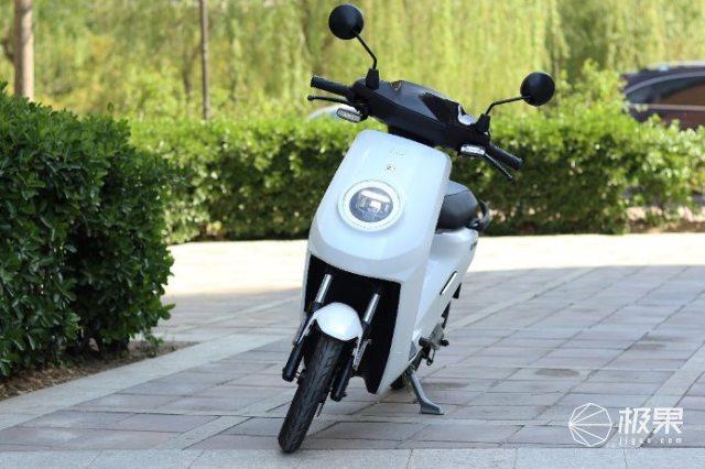 新国标智能电动车小牛MQi2发布,售价4599元起
