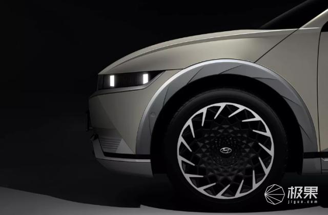 """现代""""IONIQ5""""曝光!基于现代45EV概念车打造,外观复古科幻"""